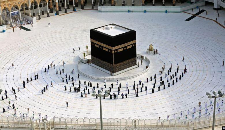Arab Saudi Secara Resmi Umumkan Belum Ada Pemberangkatan Umroh Tahun Ini